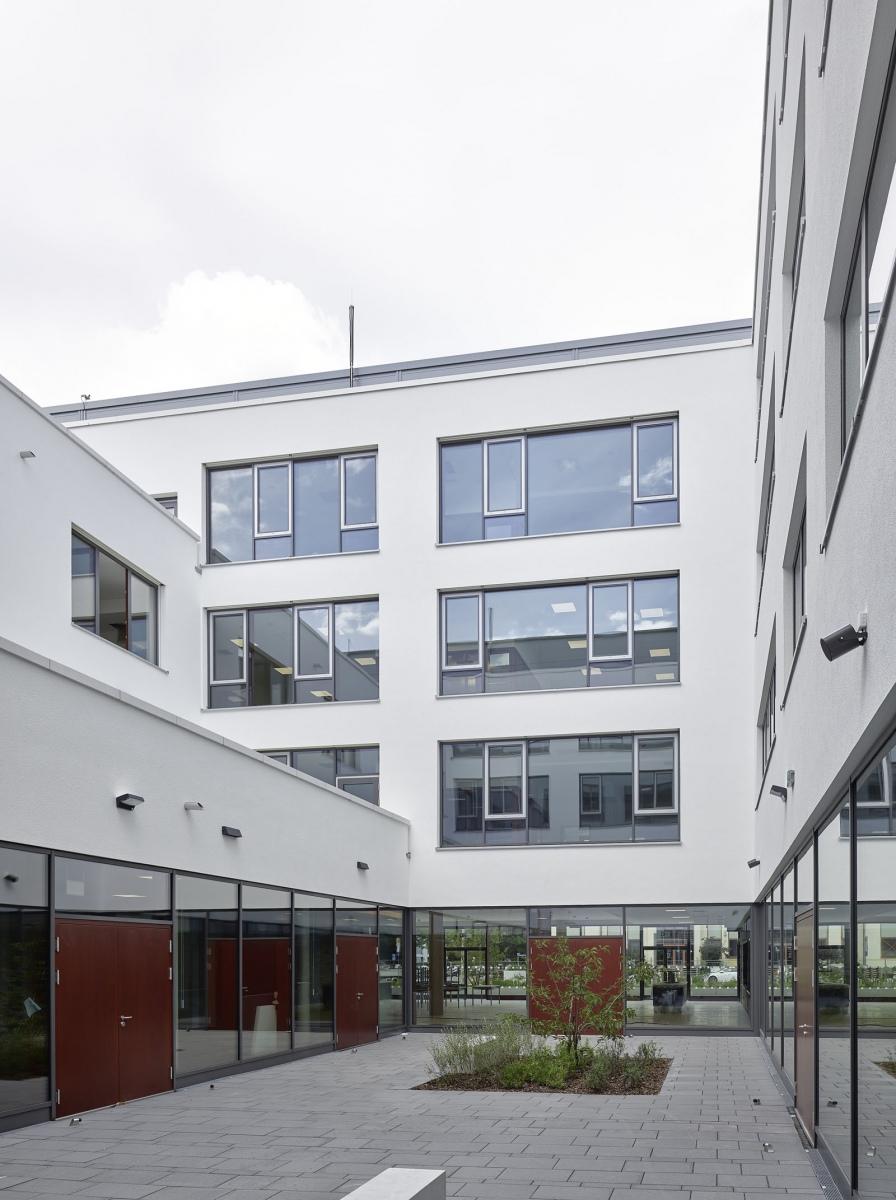 Fünfzügiges Gymnasium, Telemannstraße Leipzig_OK695-096